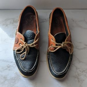 Dooney & Bourke Brown Navy Two Tone Boat Shoes VTG